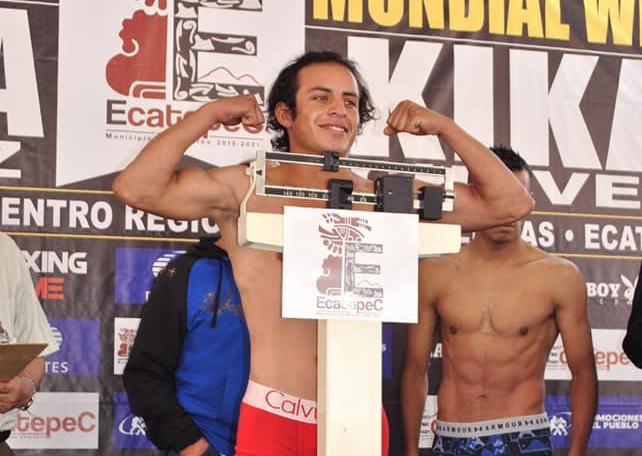 "Juan Carlos ""Monstruo"" Moreno: Pelea Completa"