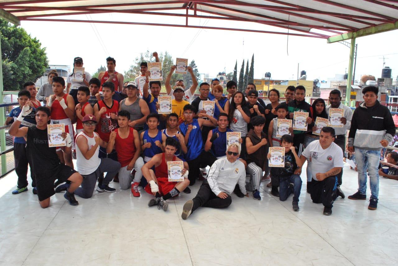 Boxeo Amateur en Santiago Acahualtepec