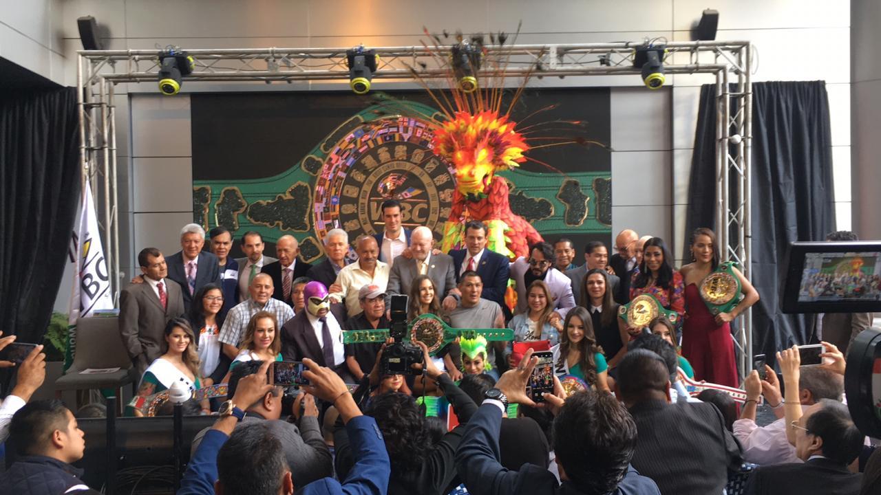 Resumen: Presentación del Cinturón WBC Maya