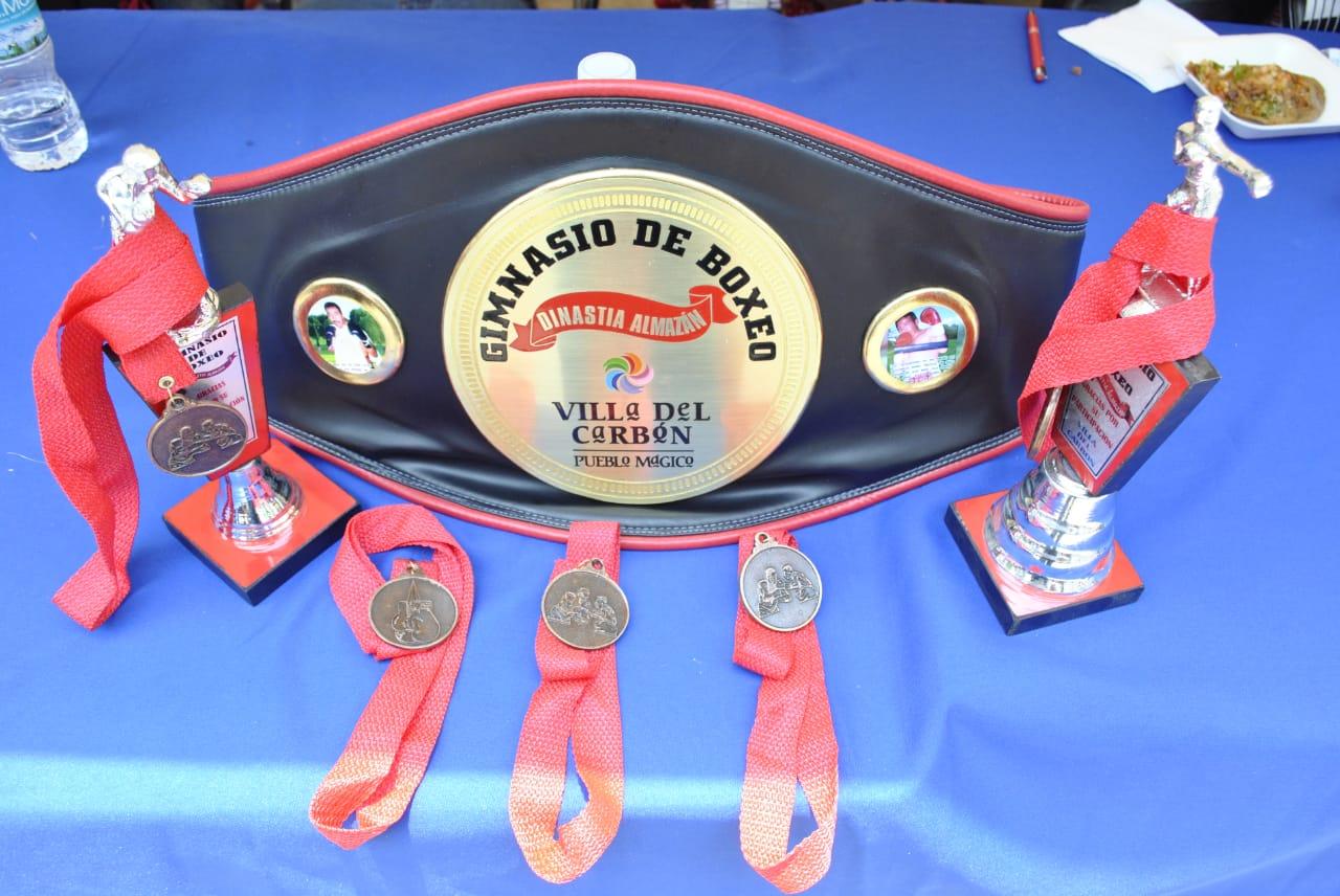 Boxeo en Villa del Carbón
