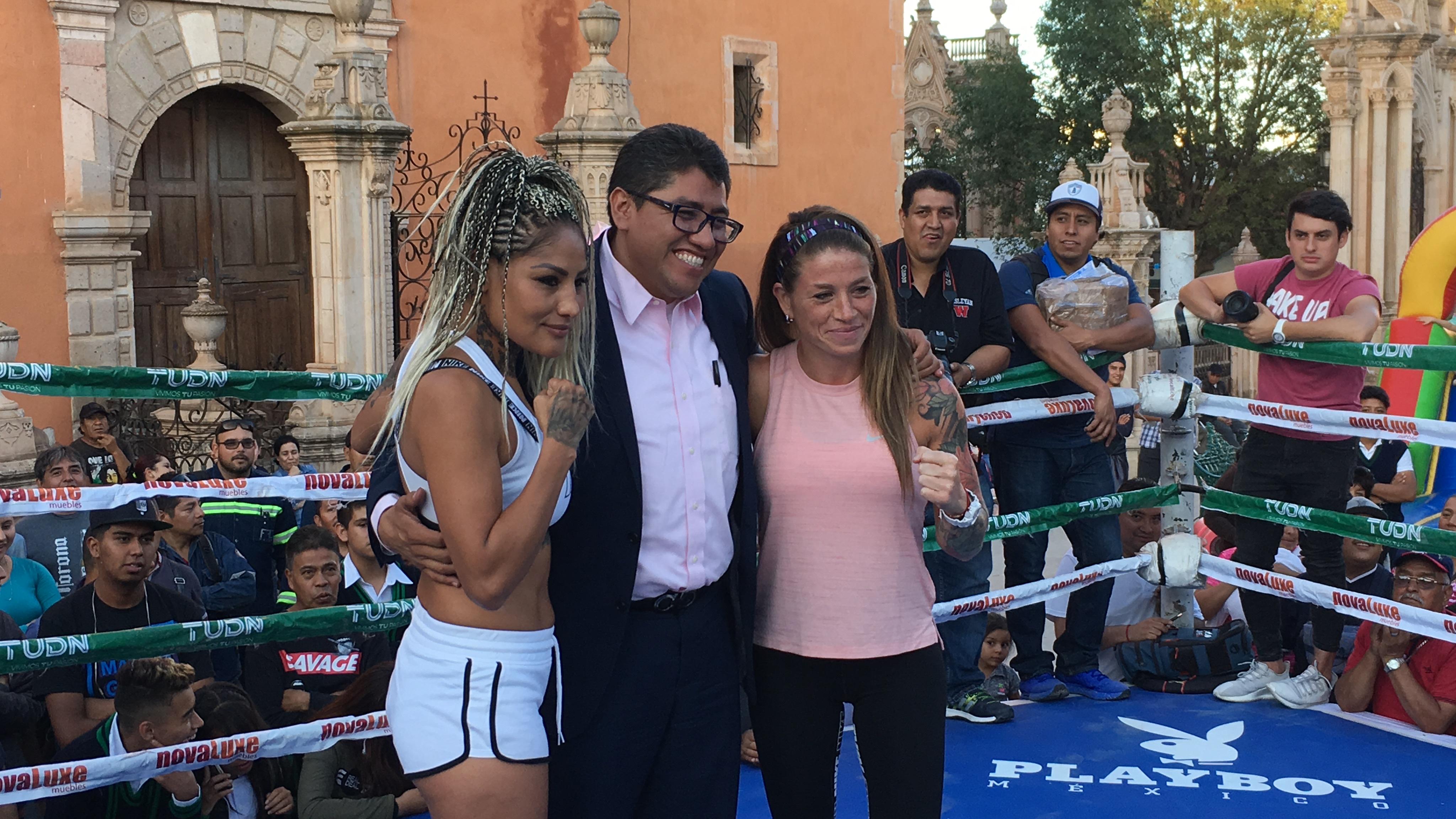 Juárez y Duer en entrenamiento público