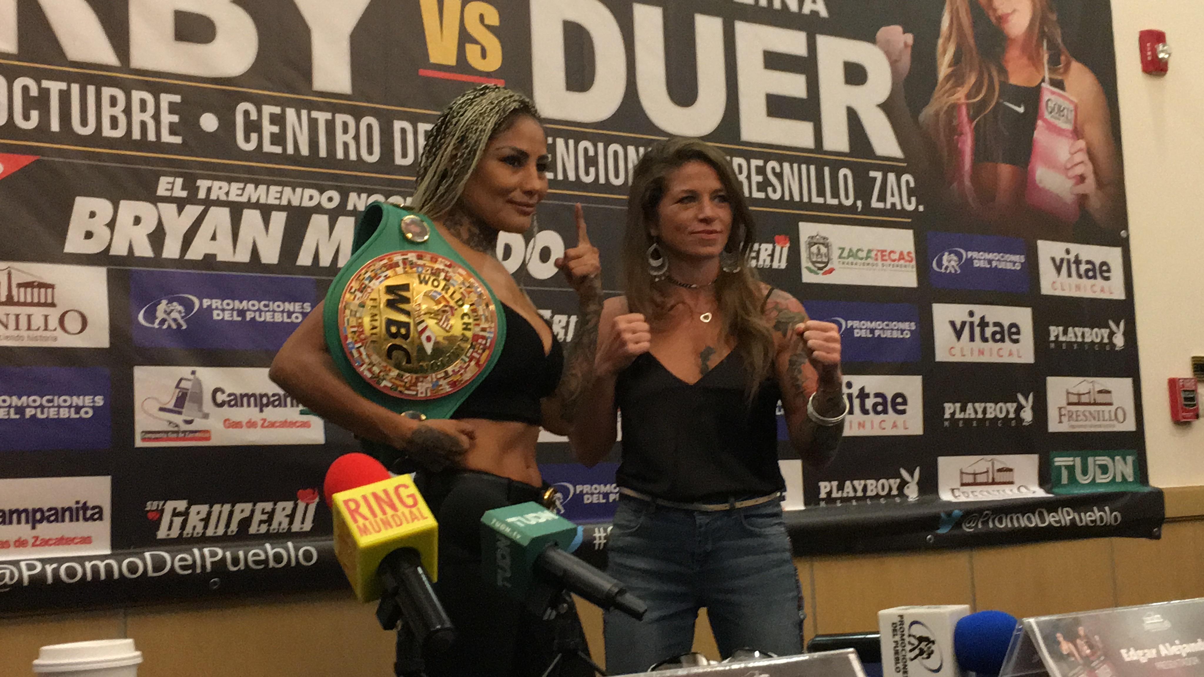 Juárez y Duer en conferencia de prensa