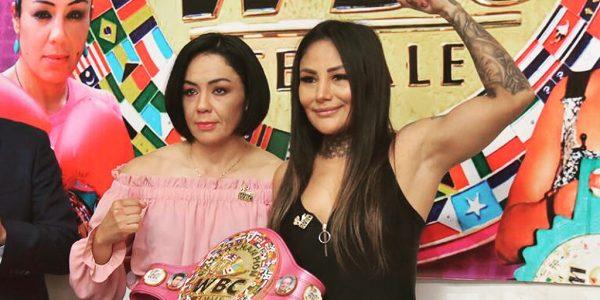 En Octubre: Jackie Nava vs. Mariana Juárez