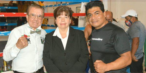 Boxeo amateur en el gym Káiser