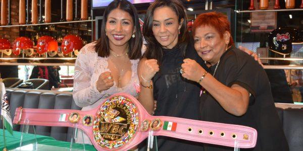 Jackie Nava y Mariana Juárez por la supremacia diamante WBC